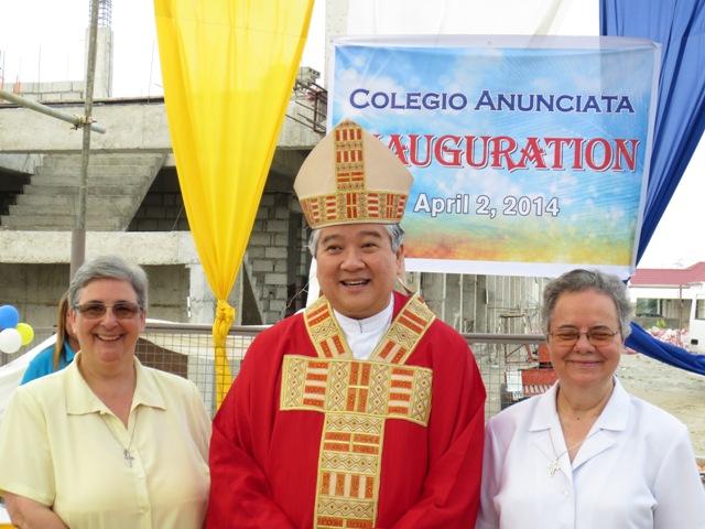 FILIPINAS: INAUGURACIÓN DEL COLEGIO ANUNCIATA