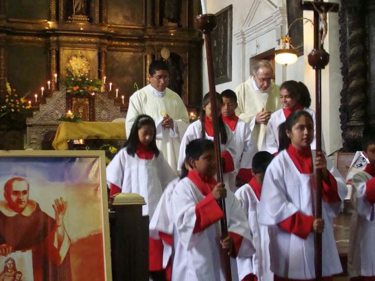 CINCUENTA AÑOS DE PRESENCIA EN CHICHICASTENANGO (GUATEMALA)