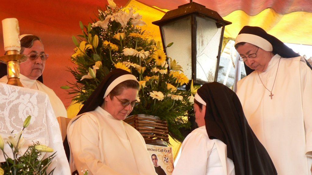 PROFESIÓN PERPETUA EN MÉXICO -H. MARCIA REYES-