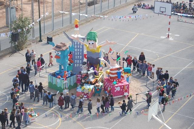 CREMÁ DE LA FALLA EN EL COLEGIO DE SAGUNTO