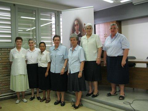 PRIORA  GENERAL Y CONSEJO DE LA CONGREGACIÓN