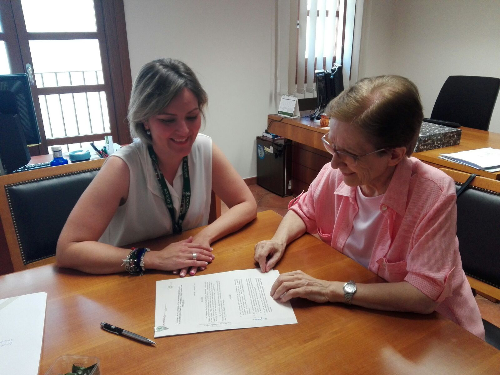 Residencia Anunciata-UCV renuevan convenio de colaboración