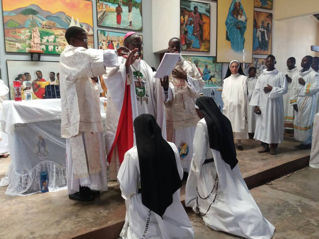 PROFESIÓN PERPETUA EN SINENDÉ -Benin-