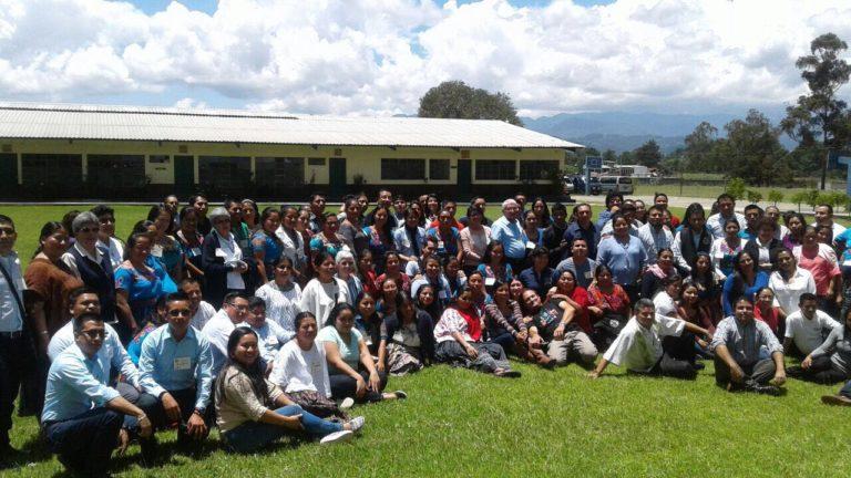 ENCUENTRO DE MAESTROS EN SANTA CRUZ DEL QUICHE- GUATEMALA. Orientado por Oscar Alonso