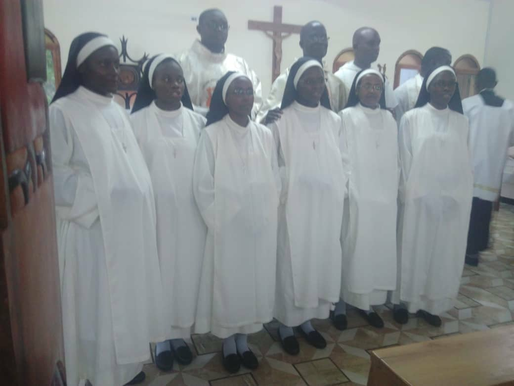 PROFESIÓN RELIGIOSA EN COSTA DE MARFIL