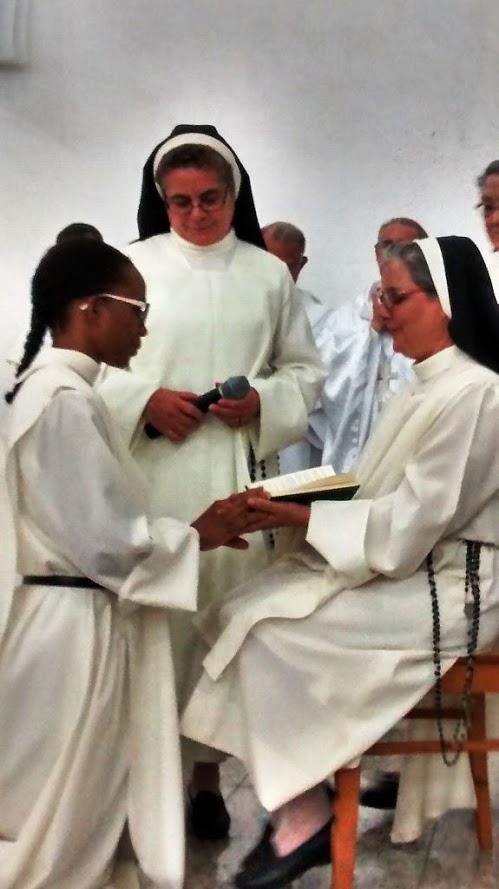 PRIMERA PROFESIÓN RELIGIOSA DE IR GLEICIA MARA