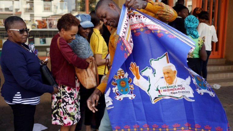 RECONCILIACIÓN, ESPERANZA, PAZ: EL ALFABETO DEL PAPA EN ÁFRICA