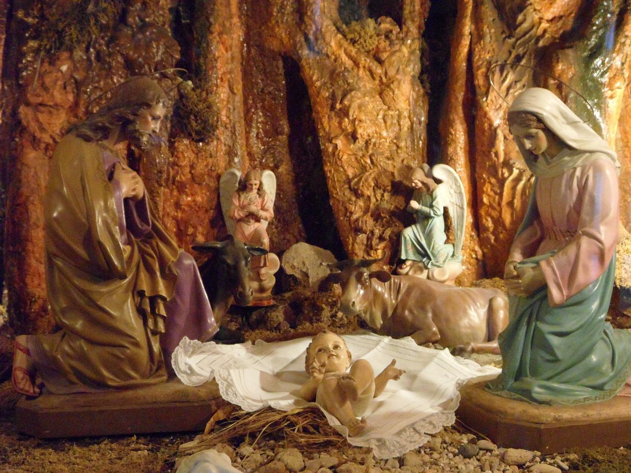 FESTIVIDAD DE LA SAGRADA FAMILIA: JESÚS MARIA Y JOSE