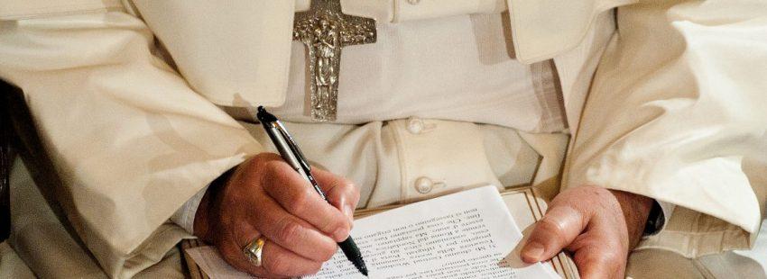 «UN PLAN PARA RESUCITAR» Papa Francisco para VIDA NUEVA