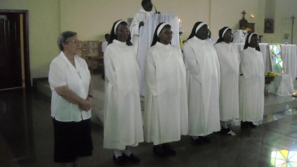 LAS COMUNIDADES DE RWANDA CELEBRAN EL BICENTENARIO