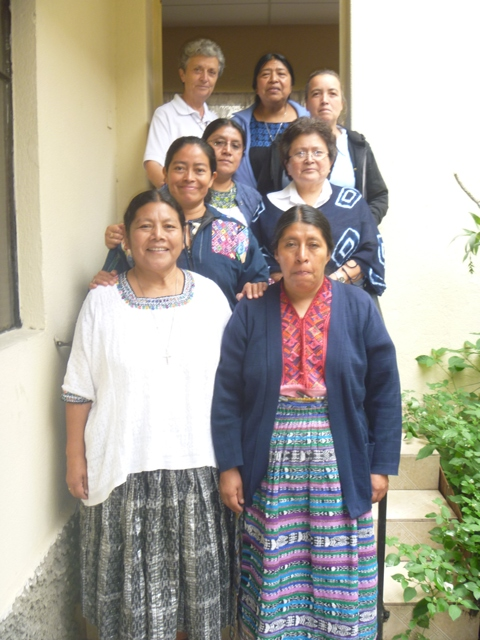 REUNIÓN  DE DIRECTORAS DE NUESTROS COLEGIOS DEL PAIS CON H. JUSTINA – GUATEMALA