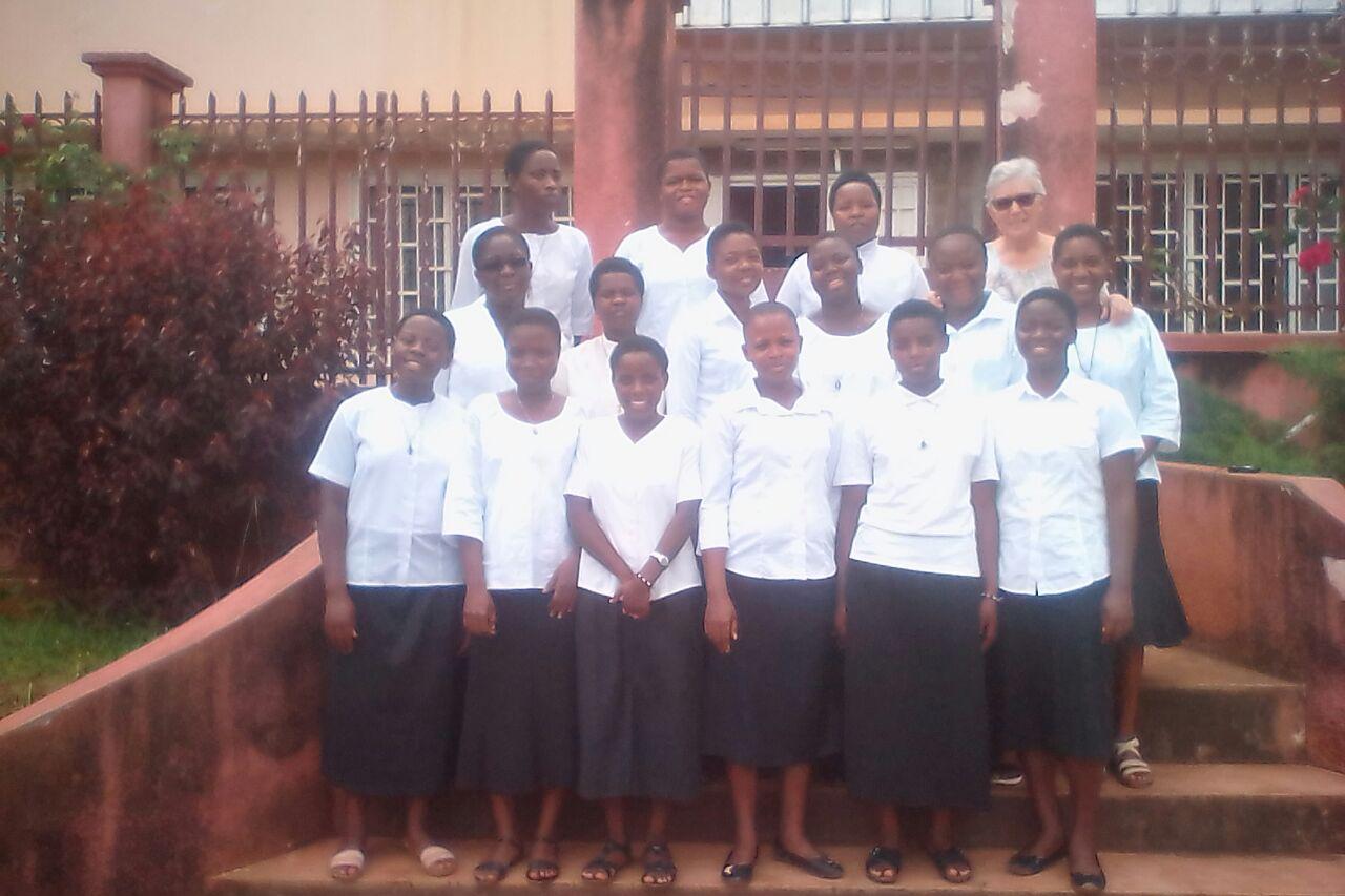 ENTRADA  al  POSTULANTADO EN ABOM -CAMEROUN